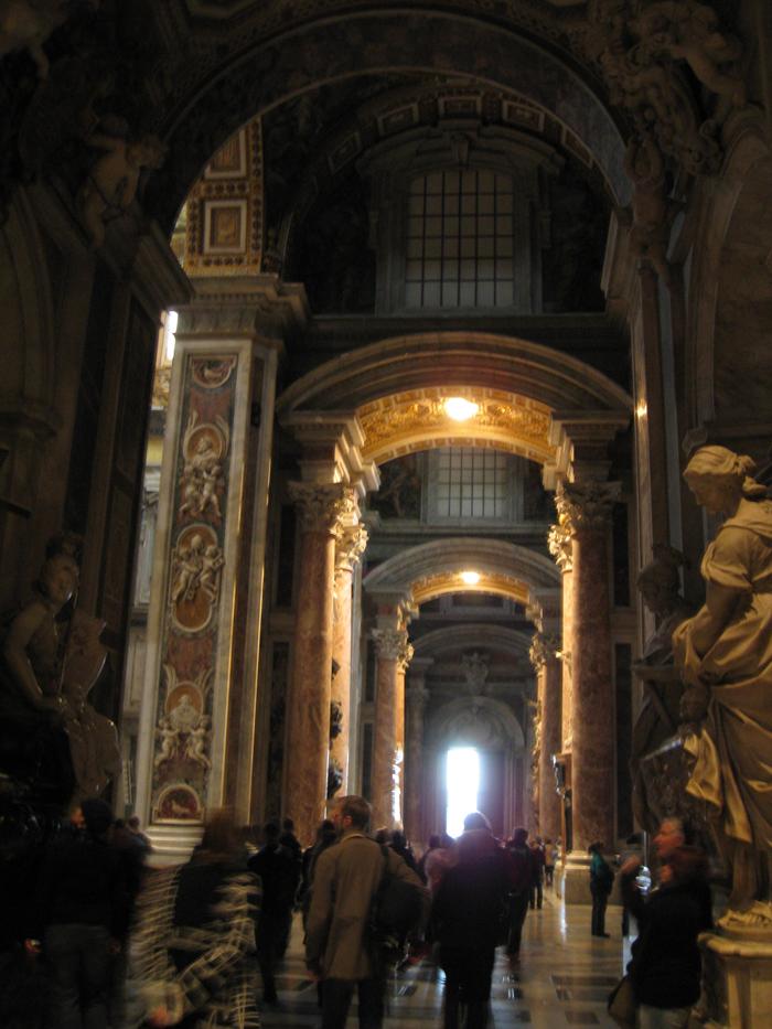San Pietro, Roma: Side Aisle