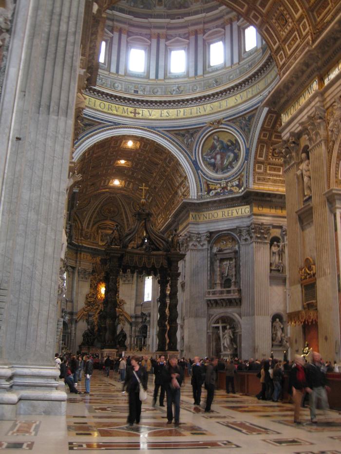 San Pietro Interior: Altar